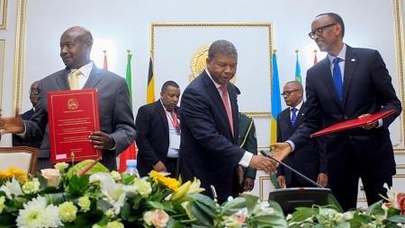 Après des mois de tensions, le Rwanda et l'Ouganda signent un accord