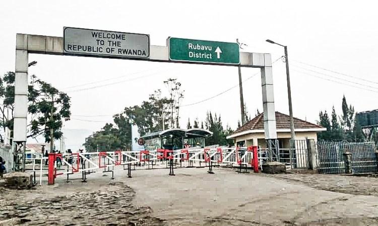 Ebola : Le Rwanda filtre les sorties, Katumbi sensibilise par le foot #stopebola