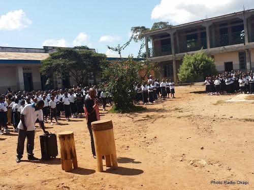 Sensibilisation sur le mandat de la MONUSCO dans une école de Beni (Nord-Kivu). 23/11/2015. Ph.Radio Okapi/Martial Papy Mukeba