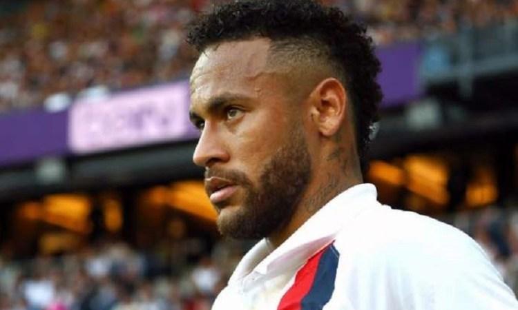 Football : Hué, Neymar sauve le PSG d'un geste spectaculaire