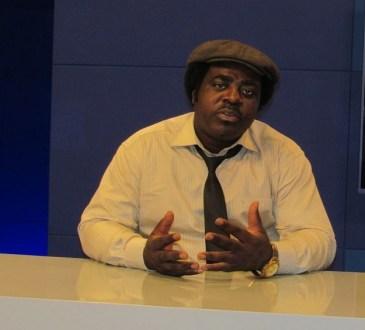 Michel Pecoinh défend le conte gabonais à Dakar