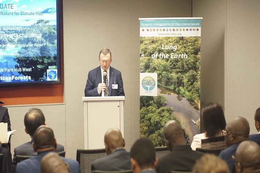 Changement climatique : Lee White défend le Gabon au Costa Rica