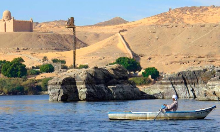 La bataille pour le Nil:  Le Caire change de tactique