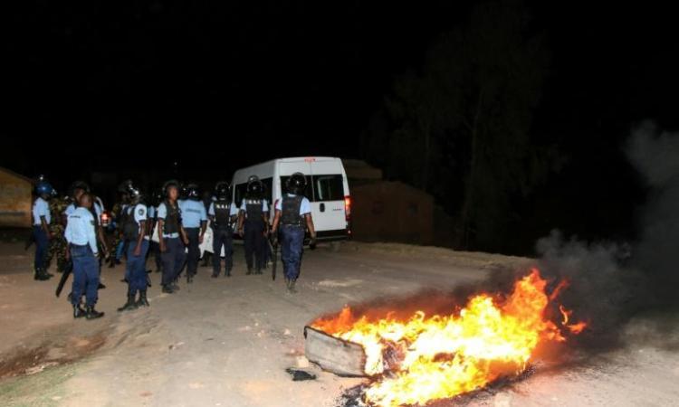 5e0dc56fb92120aaa10025f9361be6ad7741d1b7 - Aux portes de la capitale malgache, la colère bout dans les rizières