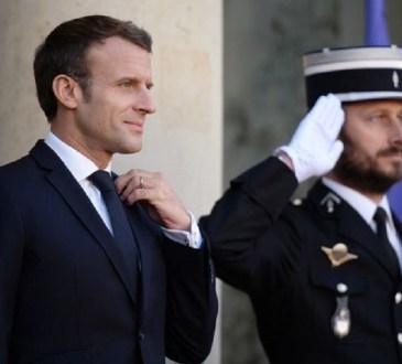 Emmanuel Macron en Côte d'Ivoire pour le Noël des troupes