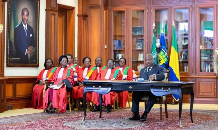 Gabon : Les membres du nouveau gouvernement ont prêté serment