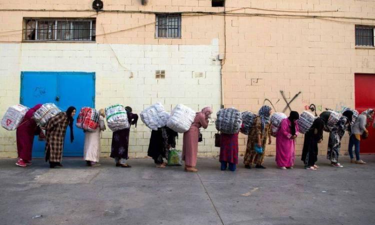 Maroc: un rapport s'alarme des conditions de travail des «porteuses de marchandises»