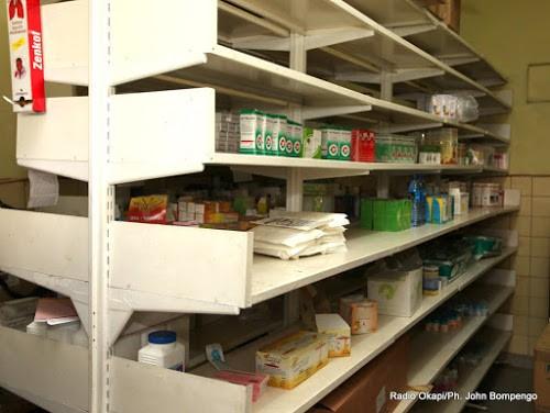 Kinshasa : des pharmacies transformées en chambres à coucher