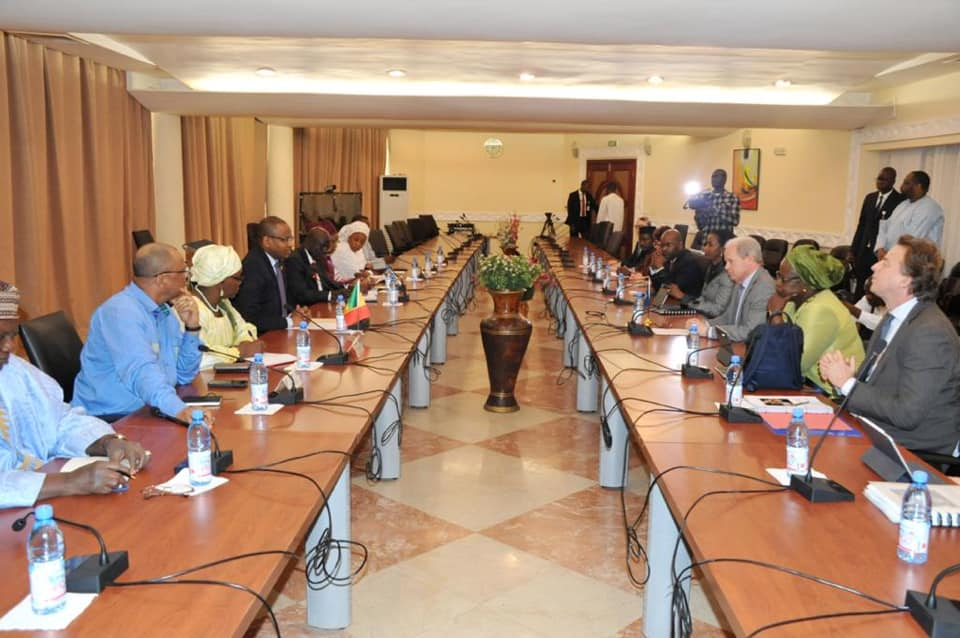 Le Directeur général chargé des Opérations de la Banque mondiale reçu par le PM