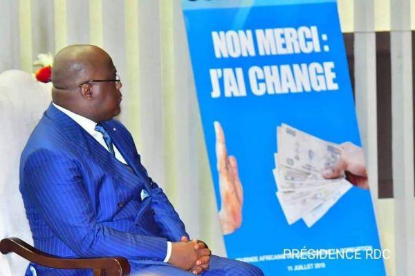 RDCongo le Congo reduit son budget de moitie - RDCongo: le Congo réduit son budget de moitié
