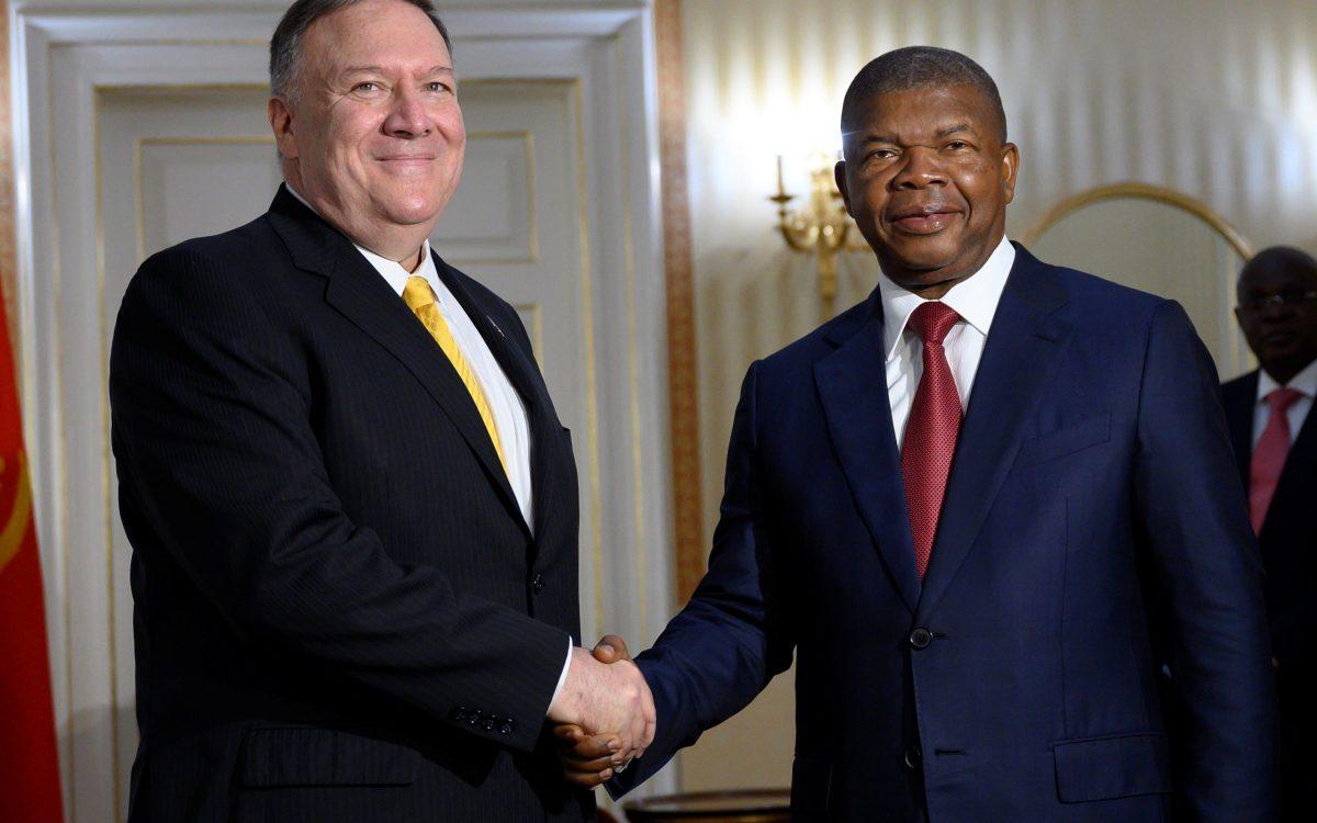 reuters angola pompeo scaled - Les Etats-Unis saluent la lutte contre la corruption de l'Angola