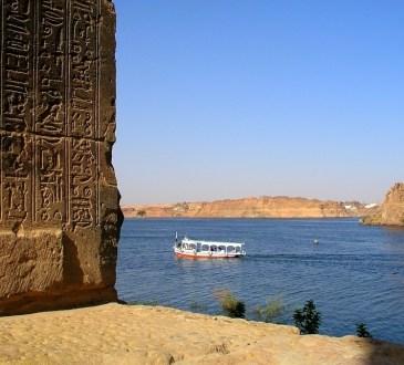 Menaces sur le Nil, source de vie pour des millions de riverains