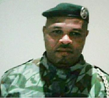 """Chronique du Gabon   Chez Ali Bongo Ondimba, le mot d'ordre c'est : """"préférence extérieure d'abord !"""""""