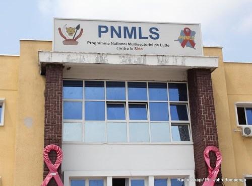 Haut-Uele : l'UNFPA remet 800 000 préservatifs au PNMLS après 3 ans de rupture de stocks