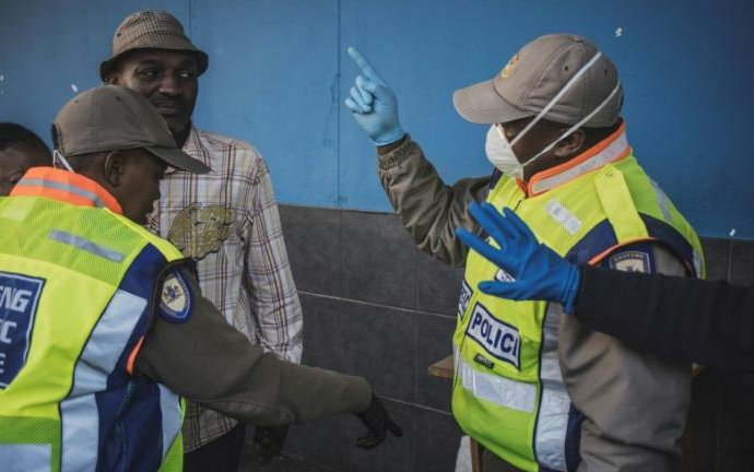 Une ancienne usine sud-africaine de Volkswagen transformée en «clinique corona»