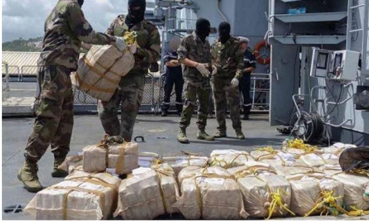 13 09 cocaine - Trafic :  Près d'une tonne de cocaïne saisie au large des îles Canaries