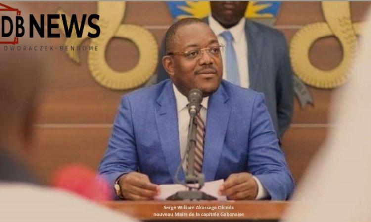 17 09 2020 Akassaga - Gabon   L'occasion fait le larron : l'atypique Serge William Akassaga Okinda,  Maire par intérim  de la capitale Gabonaise.