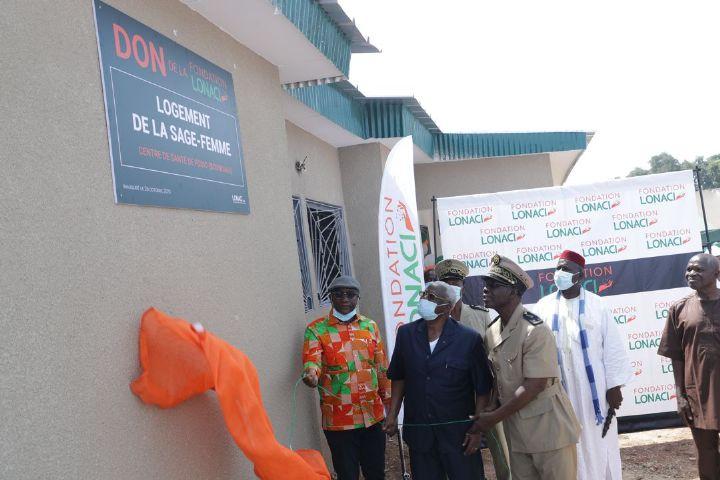 Centre de sante de Fodio La Fondation LONACI offre - Centre de santé de Fodio : La Fondation LONACI offre un logement à la sage-femme