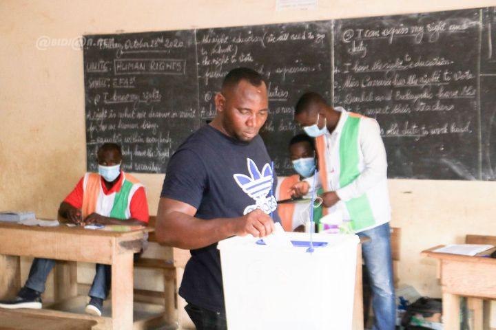 Cote d8217Ivoire ouverture des bureaux de vote pour la presidentielle - Côte d'Ivoire: ouverture des bureaux de vote pour la présidentielle sur fond de tension