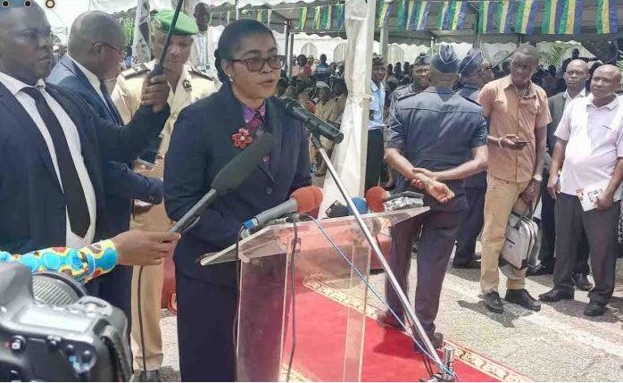 mai 2018 - Mairie de Libreville: le solde positif du budget de l'exercice 2018, est le résultat du travail de Rose Christiane Ossouka Raponda