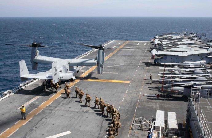 Force navale impressionnante au large de la Somalie avant le retrait américain