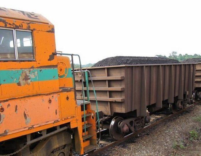 6 millions de tonnes de manganese transportees en 2020 par - 6 millions de tonnes de manganèse transportées en 2020 par la Société d'exploitation du Transgabonais, soit une hausse de 30 %