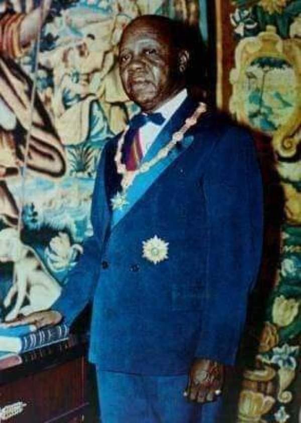 WhatsApp Image 2021 02 09 at 09.19.33 - Souvenir : Joyeux anniversaire au Président Léon Gabriel Mba Minko !