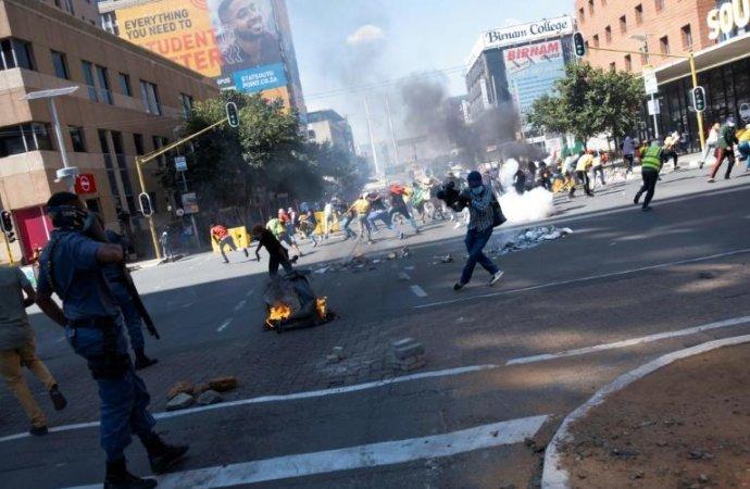 Afriquedu Sud: un mort dans la dispersion d'une manifestation d'étudiants