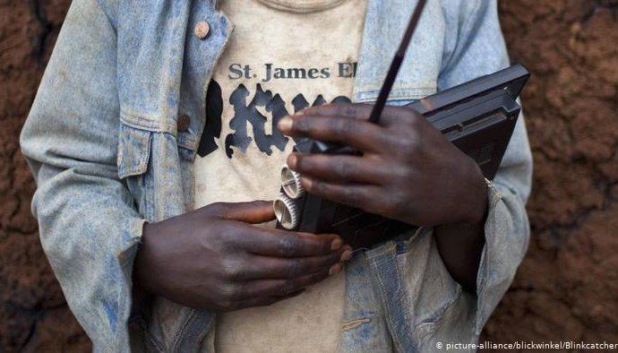 Burundi/Rwanda: presse: Kigali cède partiellement aux demandes de Bujumbura