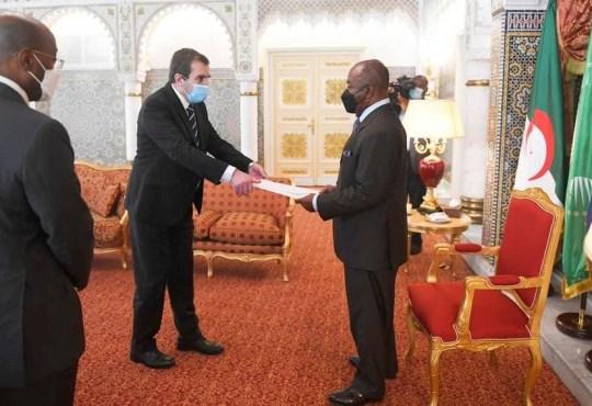 GabonQuatre nouveaux ambassadeurs accredites - Gabon:Quatre nouveaux ambassadeurs accrédités