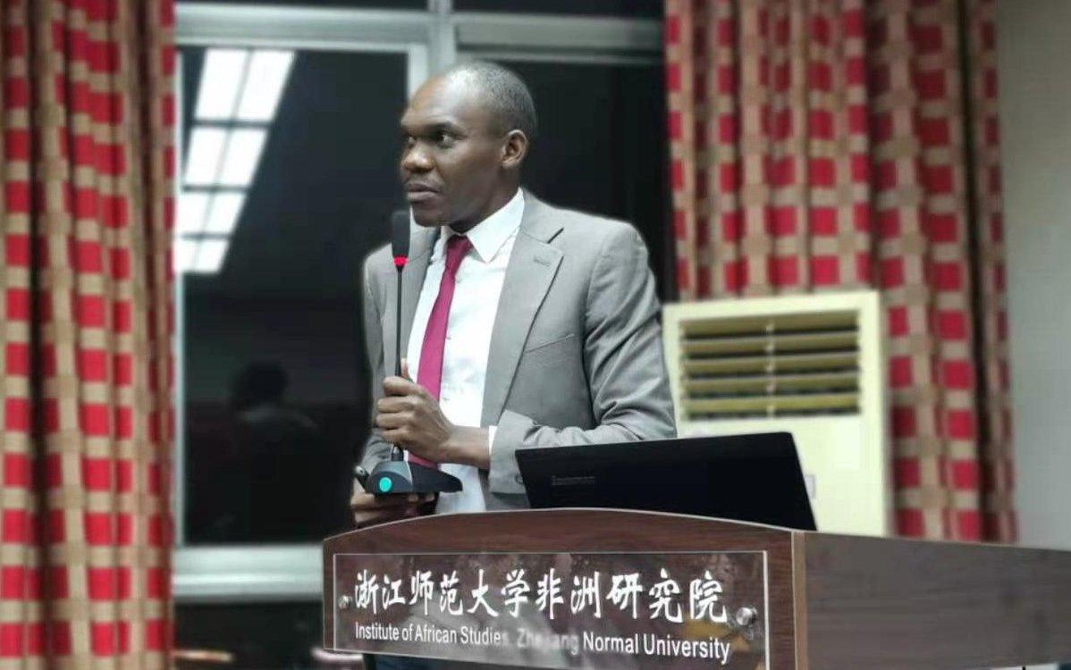 Historique de Brinel Liwata etudiant stagiaire Congolais en Chine - Historique de Brinel Liwata, étudiant-stagiaire Congolais en Chine