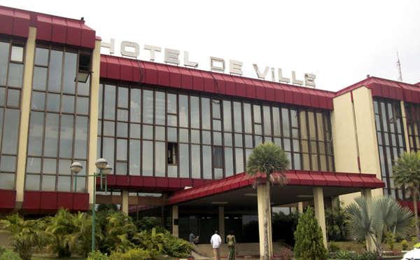Gabon - Que cache la cabale politique de Ian Ghislain Ngoulou contre Eugène Mba ? - Mairie centrale de Libreville