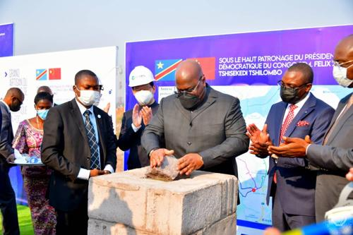 Kinshasa : Félix Tshisekedi lance les travaux de construction du poste  électrique 220 kv de Kinsuka