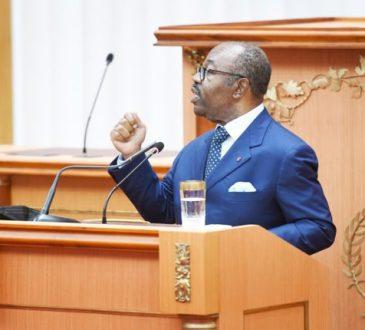 « Rendez-nous fiers ! » : l'harangue d'Ali Bongo Ondimba aux cinq athlètes gabonais en lice aux JO de Tokyo