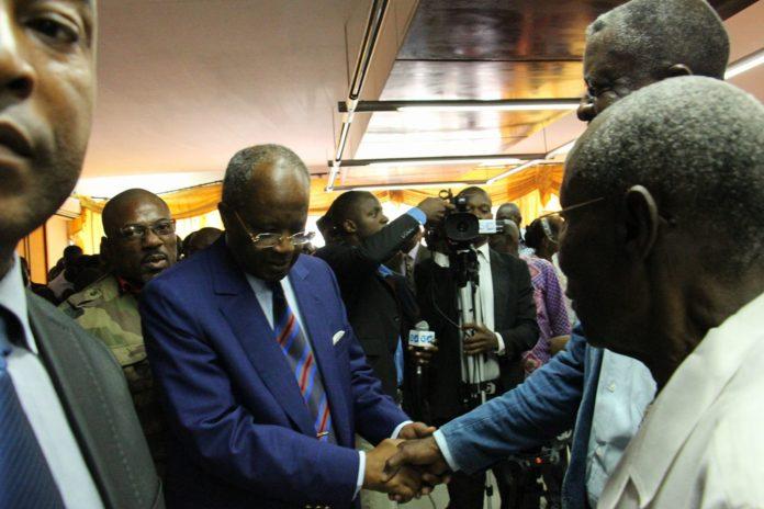 Gabon : L'opposant Casimir Oyé Mba hospitalisé en France