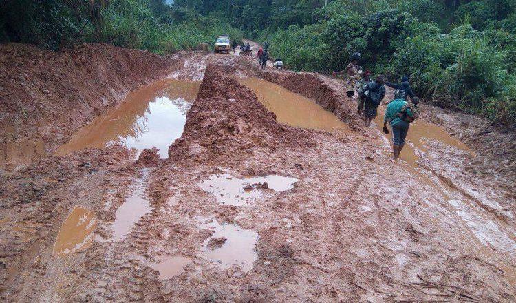 La route Bifoun-Ndjolé bientôt inexploitable, selon les TP