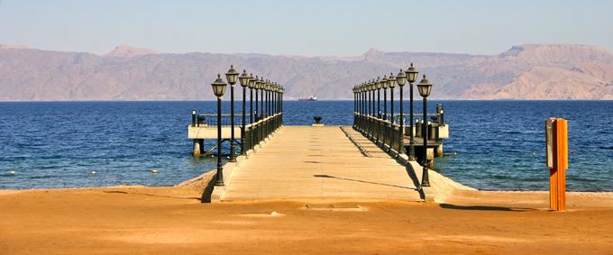 Aqaba : le ponton de l'Hôtel Tala Bay sur la Mer Rouge