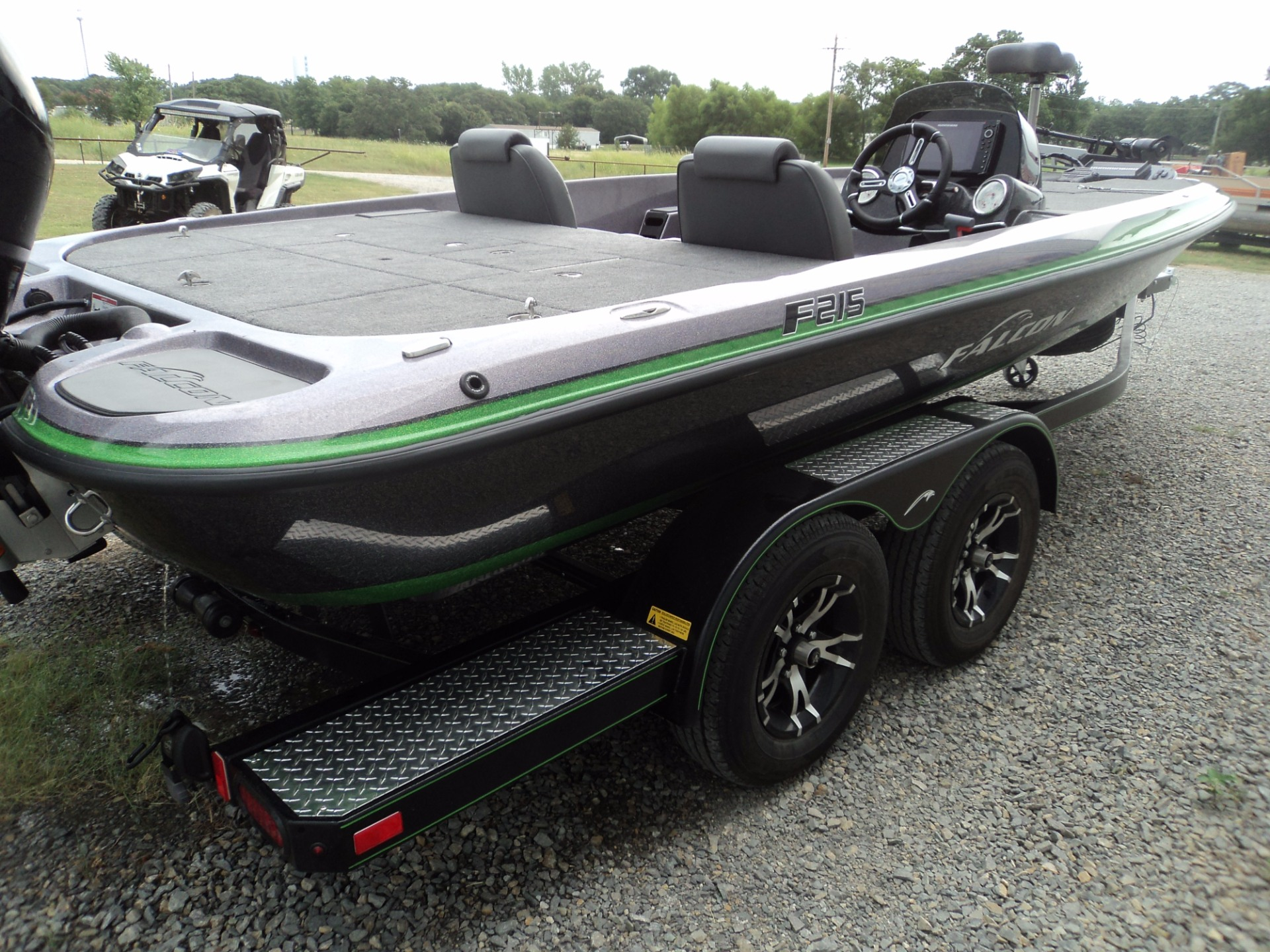 hight resolution of photos of falcon bass boats