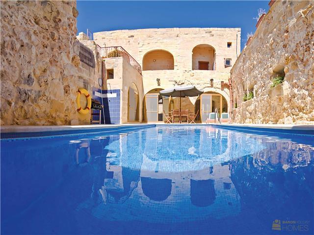 4 Bed Villa In Nadur Gozo From 100 Euronight Lellux