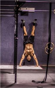 hand-stand-crossfit