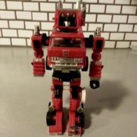 Inferno Transformers G1 1984 Japanese ID number 10 Takara (インフェルノ Inferuno or Xiāo Fáng Chē 消防车)