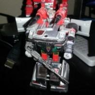 "Silverstreak Transformers Generation 1 Hasbro 1985 aka Bluestreak Japanese ID number: 08 Diaclone Foreign names Japanese- Streak (ストリーク Sutorīku), French- Jaseur (Canada, ""Chatty""), Italian- Ariete (""Ram""), Portuguese- (Raio Azul ""Blue Ray"")"