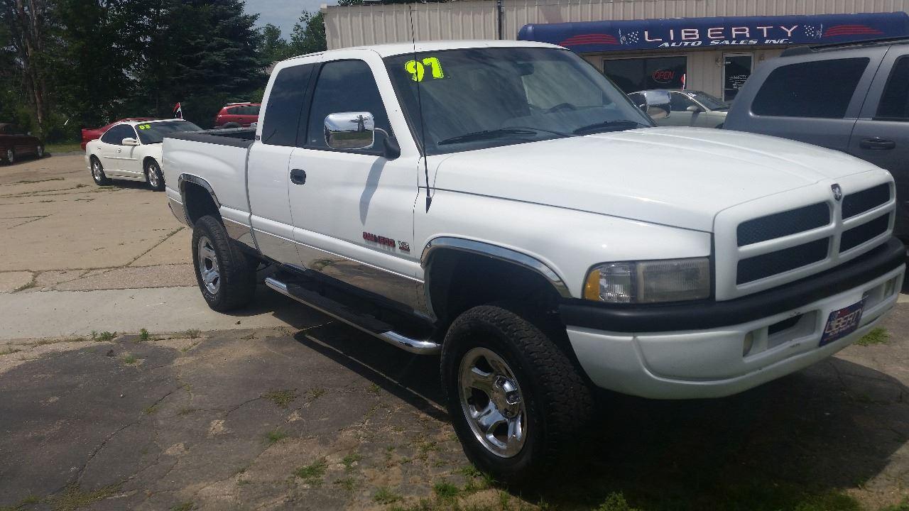 hight resolution of 1997 dodge ram pickup 1500 2dr laramie slt 4wd extended cab lb merrill ia