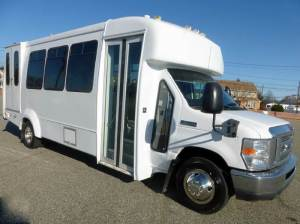2011 Ford E450 Wheelchair Shuttle Bus In Westbury NY