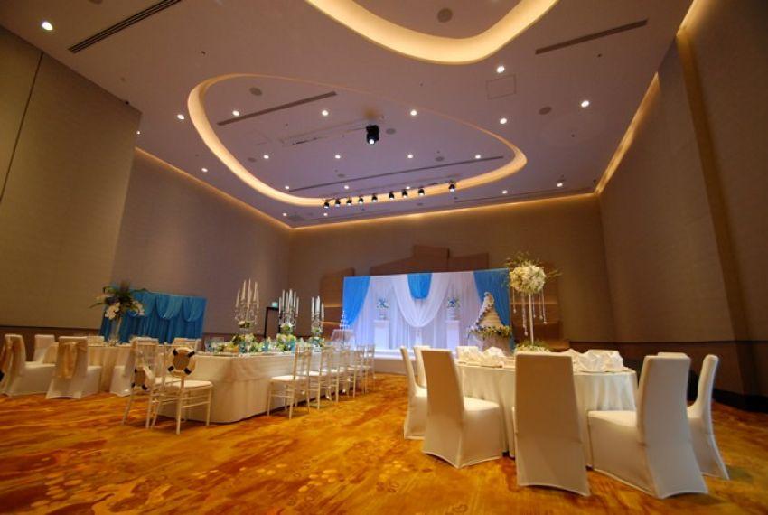 Movenpick Siam Hotel Na Jomtien Pattaya Wedding Venues In Pattaya Hitchbird
