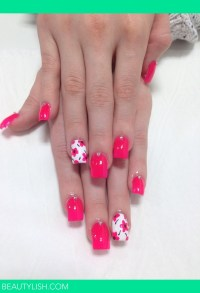 Acrylic nails with flowers | Kimberleigh H.'s Photo ...
