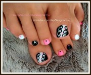 hot pink and black toenail art