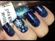 easy snow nail art - snowflake