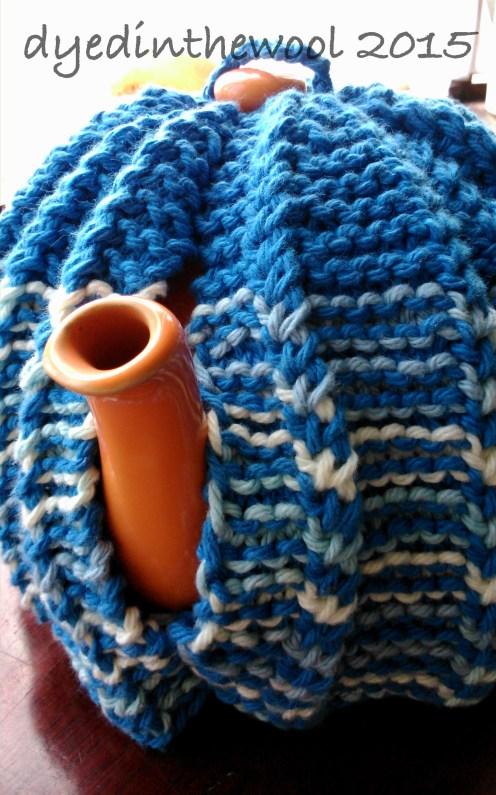 tea cosy FO1