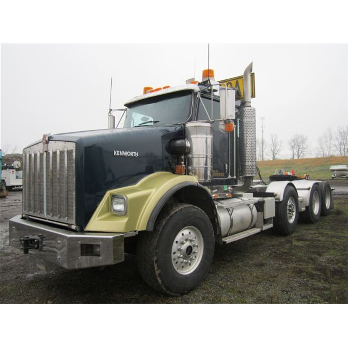 hight resolution of 2007 kenworth t800 heavy haul truck tractor loading zoom